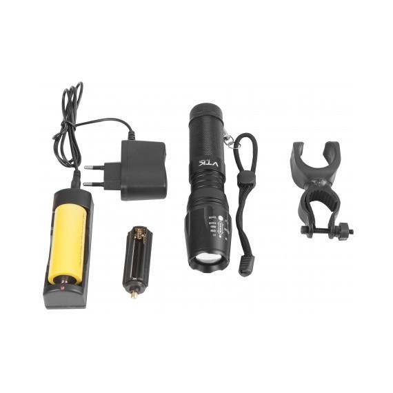 Lampe torche rechargeable éclairage à 800m 1
